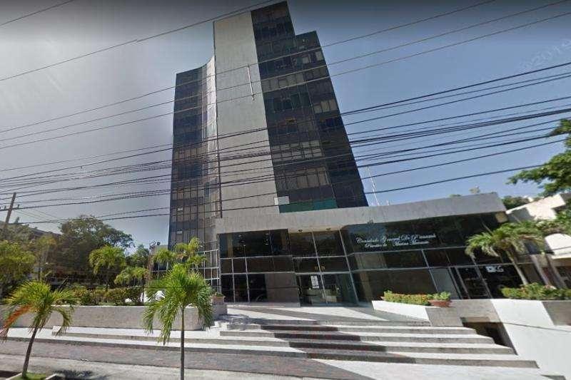 Oficina En Arriendo/venta En Barranquilla El Prado Cod. VBFNC-12652