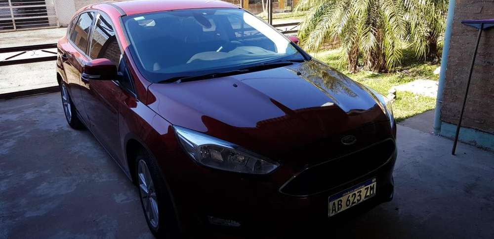 Ford Focus 2017 - 38000 km