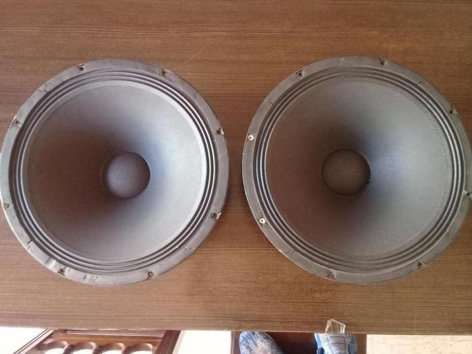 parlantes de 18 Ev 8 ohms made in usa...impecables