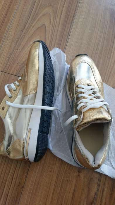 Zapatillas Mujer 38 Nuevas