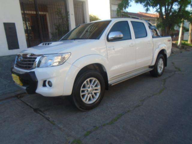 <strong>toyota</strong> Hilux 2016 - 48000 km