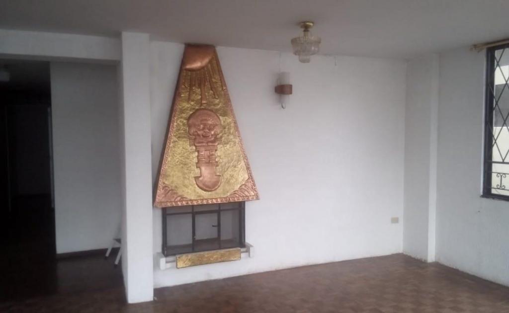 Mariana de Jesús, departamento en arriendo, 3 habitaciones, 200 m2