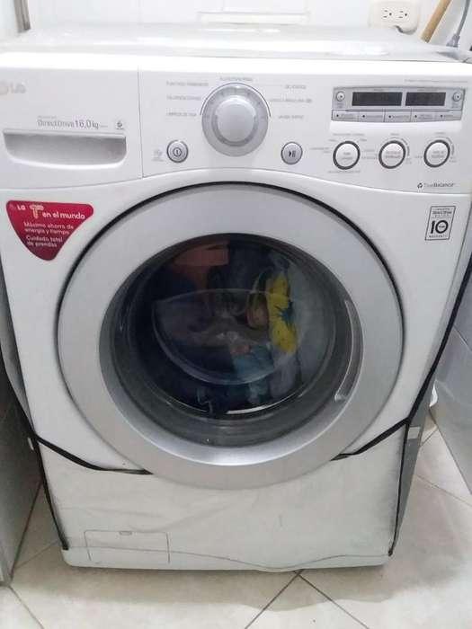 <strong>lavadora</strong> Secadora Lg 16Kg. 2 Años de Uso