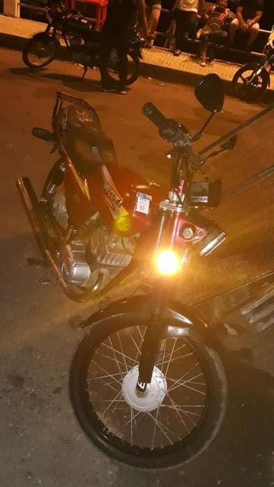 Se Vende Moto Ax 100 Año 2015
