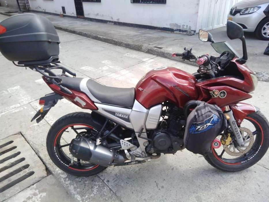 Gangazo Se vende moto <strong>yamaha</strong> fazer modelo 2011