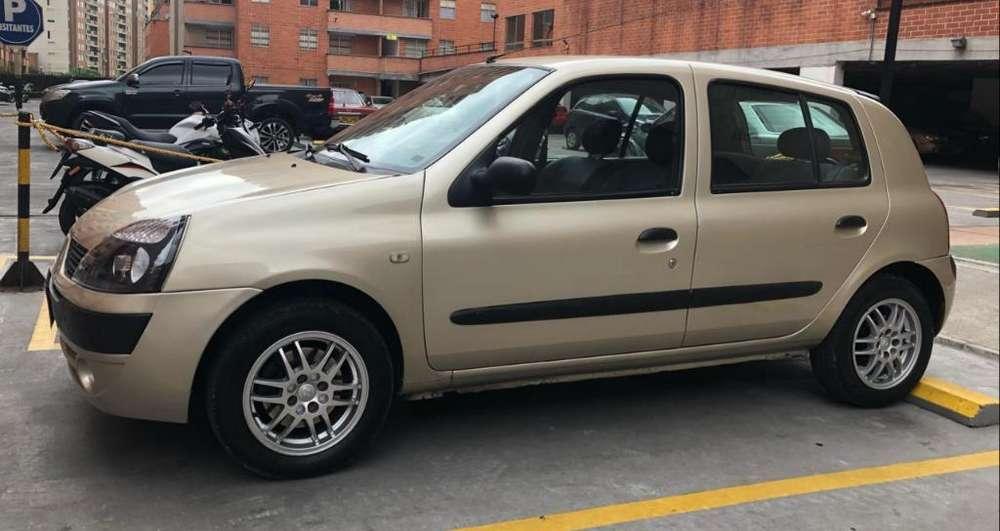 Renault Clio  2006 - 110000 km