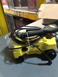 Hidrolavadora KARCHER 110 bar K2.20 4 ruedas y excelente presión para pisos, paredes y automovil,