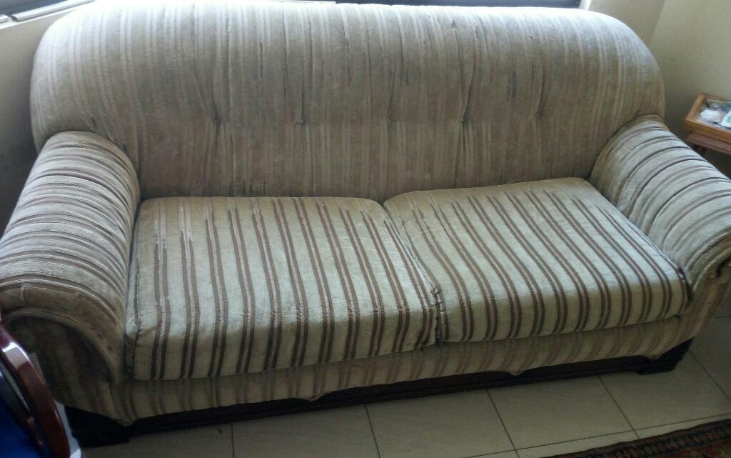 Mueble Sofa para Sala O Cuarto Tv - Guayaquil