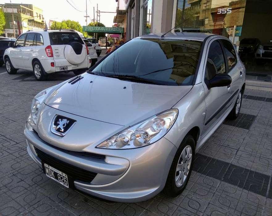 Peugeot 207 Compact 2013 - 31000 km