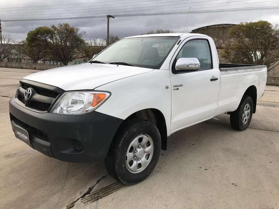 Toyota Hilux 2008 - 445500 km