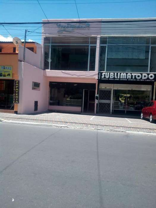 Venta de Local Comercial en San Carlos Norte de Quito