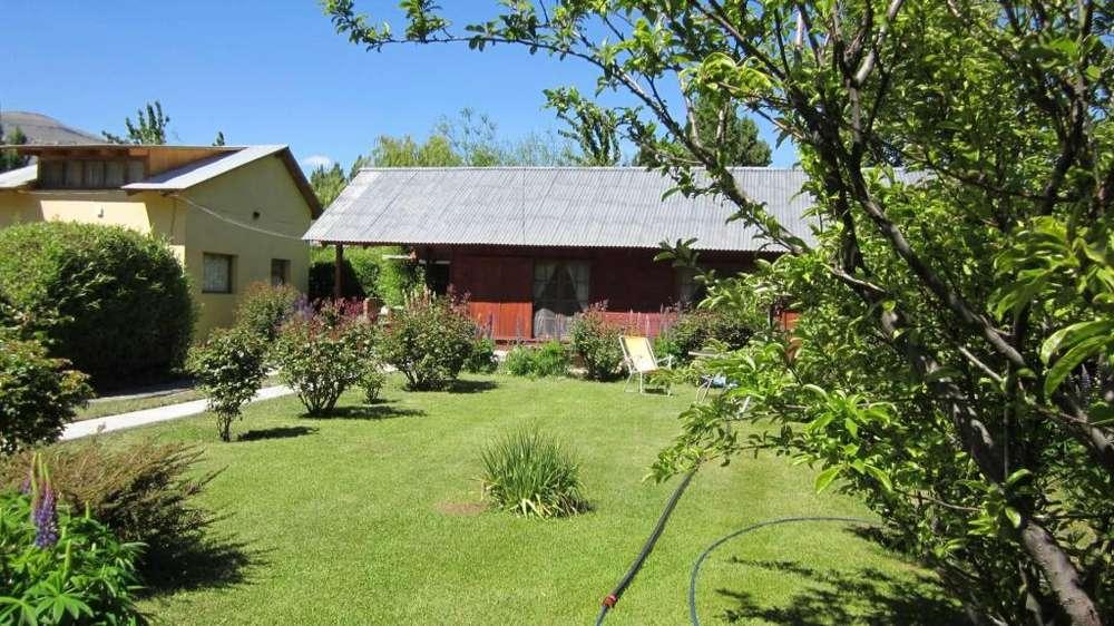 kz10 - Cabaña para 2 a 8 personas con cochera en El Calafate