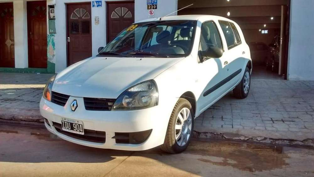 Renault Clio  2009 - 170000 km