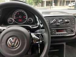 Volkswagen Up! High 2016