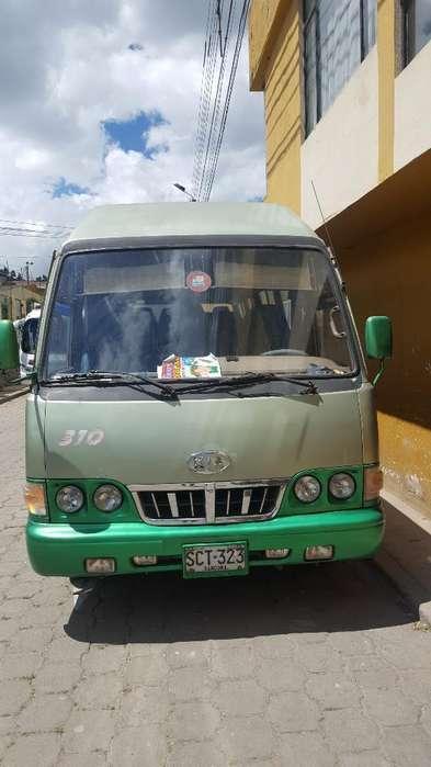 Se Vende Buseta Kia Power Combi Mod 2003