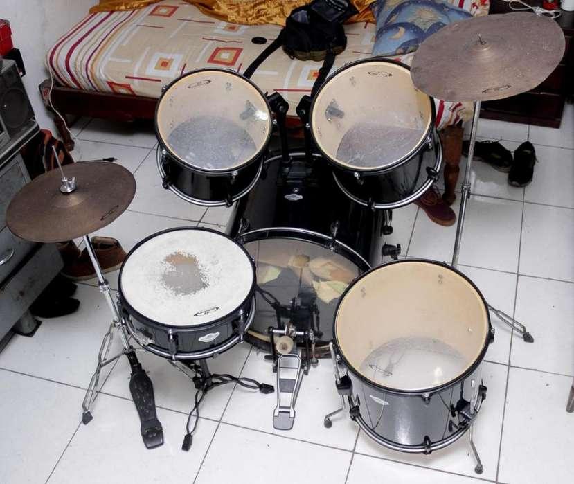 Batería Acústica Excelente Estado 9/10 - Power Drums