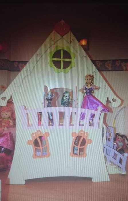 Casita para Muñecas con Muebles Gloria