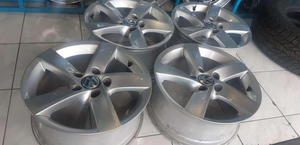 4 Aros Seminuevos R16 Originales Germany 5h 112mm Volkswagen Flamantes