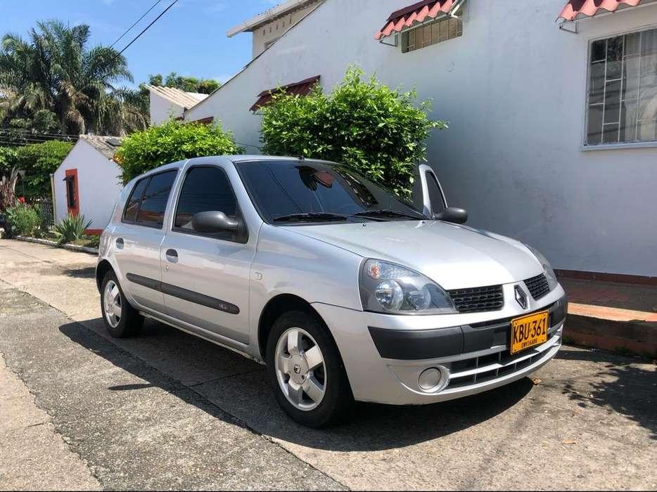 Renault Clio  2011 - 54000 km