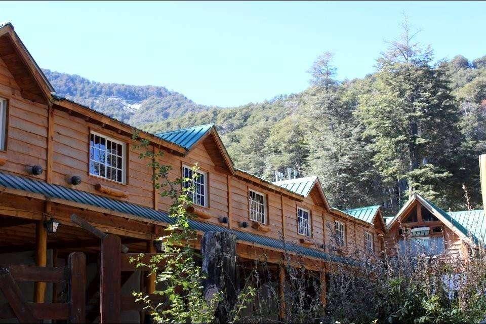wr88 - Hotel para 2 a 4 personas con cochera en Villa La Angostura