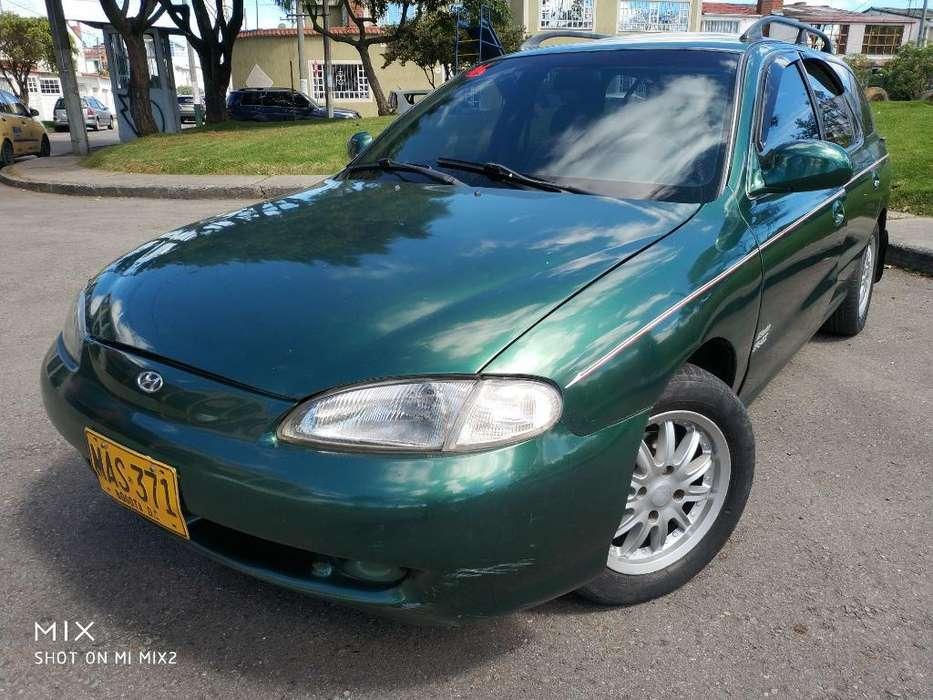 Hyundai Elantra 1998 - 230 km