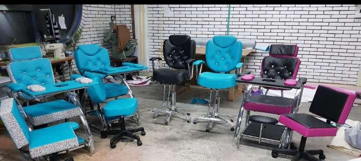 <strong>silla</strong>s de corte y maquillaje...economicas