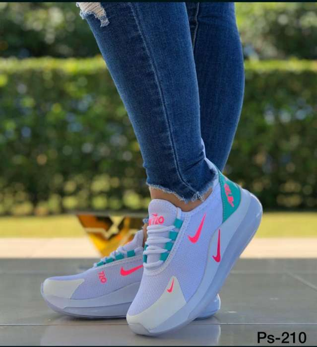 Zapato Deportivo Nike 720 Dama