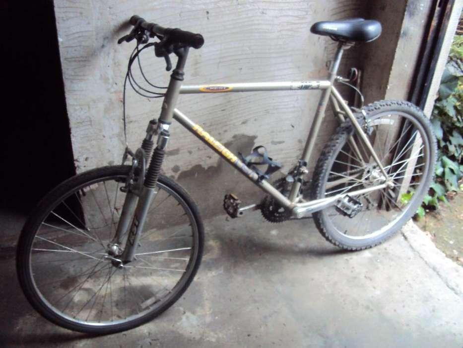 bicicleta todo terreno Raleigh
