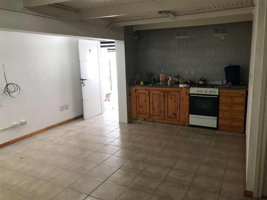 Duplex un dormitorio. Posibilidad cochera