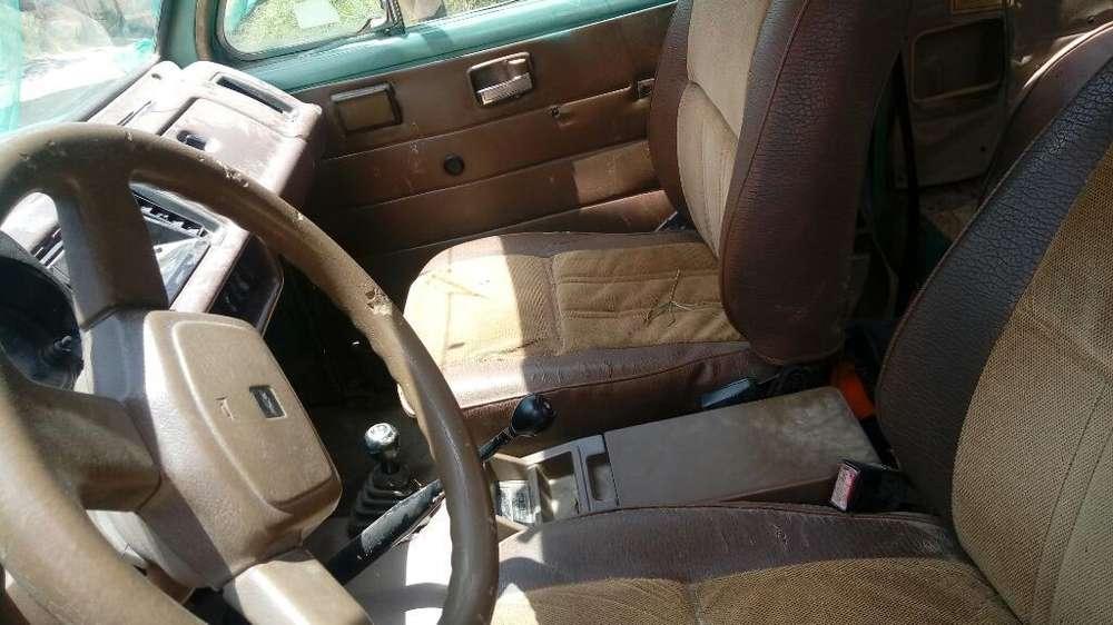 Chevrolet Trooper 1988 - 150000 km