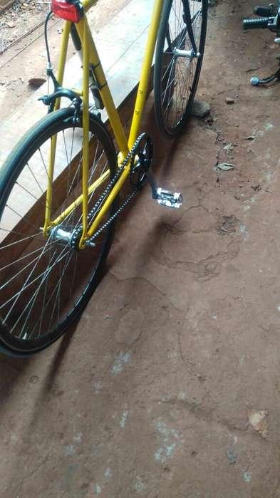 Vendo Bici Rutera R28