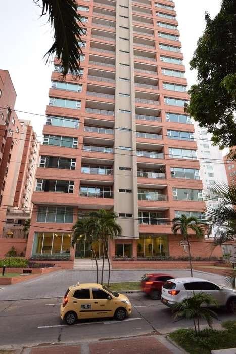Venta Encantador Apartamento PentHouse en Riomar Barranquilla, 260M2, 3 Hab, 4 Baños, 3 Parq