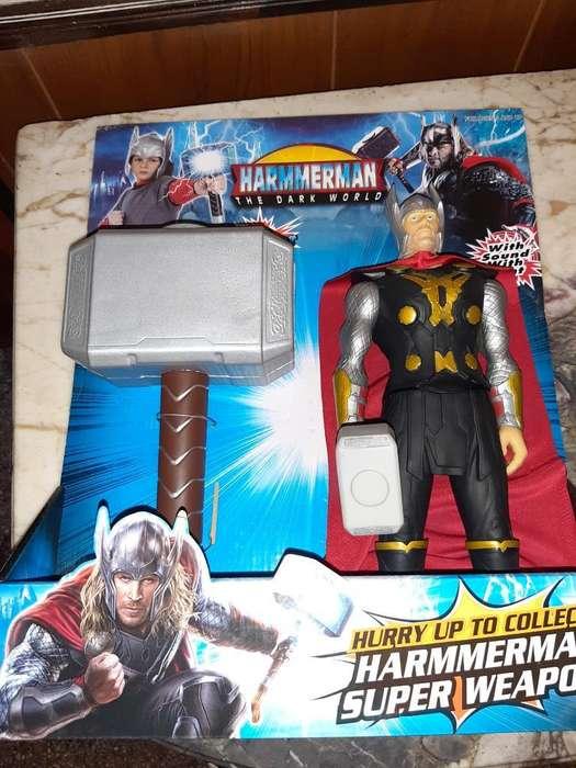 Vendo Muñeco Thor con Martillo Nuevo
