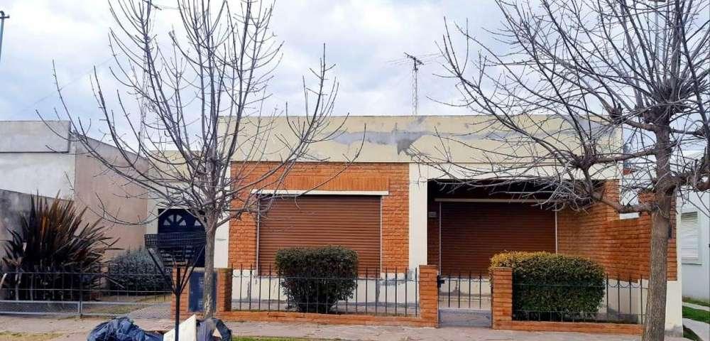 DUEÑO DIRECTO - Alquila casa en Coronel Suarez