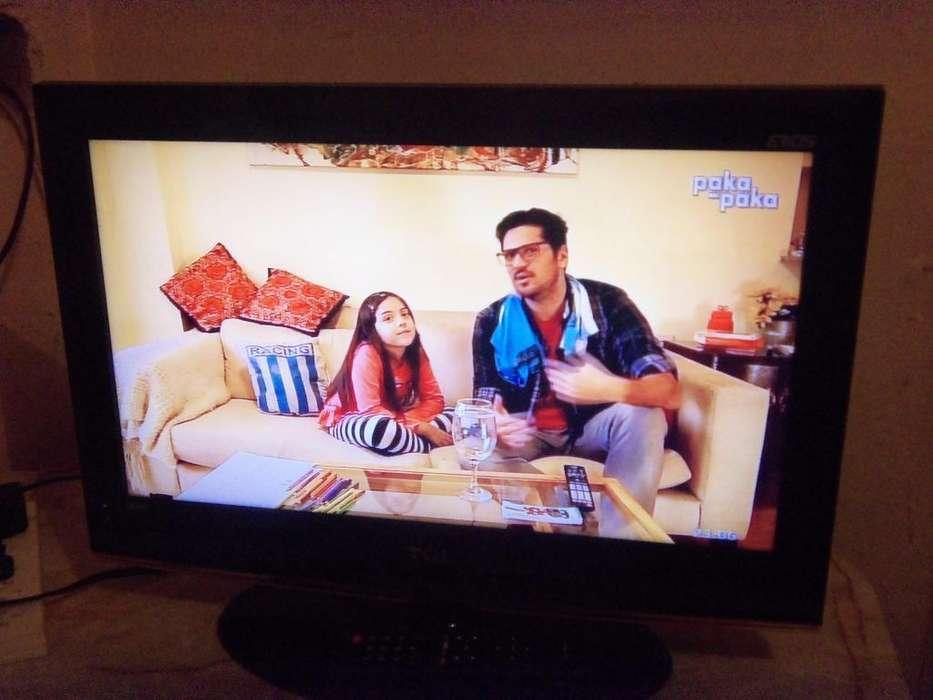 TV LCD 24, hdmi. vga, control nuevo