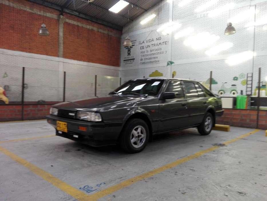 Mazda 626 1984 - 300000 km