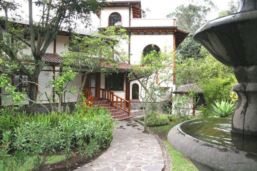 Alquiler casa Sector Rancho San Francisco. Plaza del Rancho, Nayon, San Vicente de Tanda