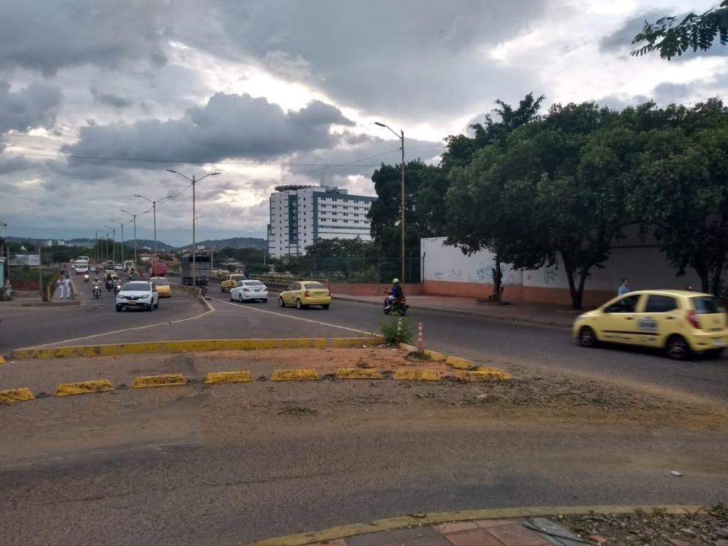 Arriendo Lote Terreno Cúcuta Con Oficinas Malecon  - wasi_1217124