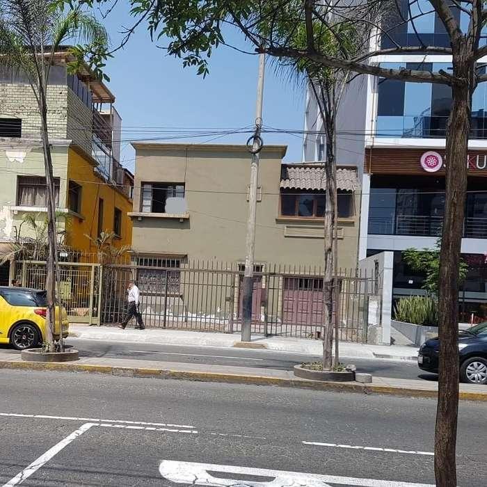 Alquiler Local Comercial Av El Ejercito Miraflores 5,000.00 dolares.