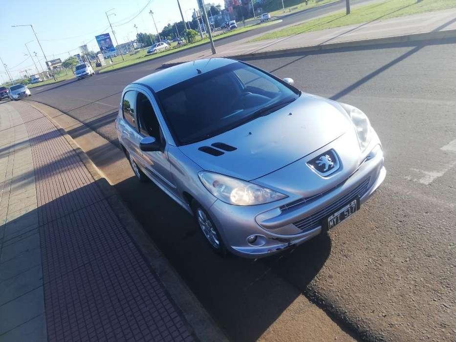 Peugeot 207 2013 - 115000 km