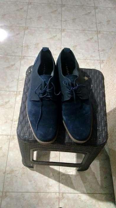 Un Par de Zapatos