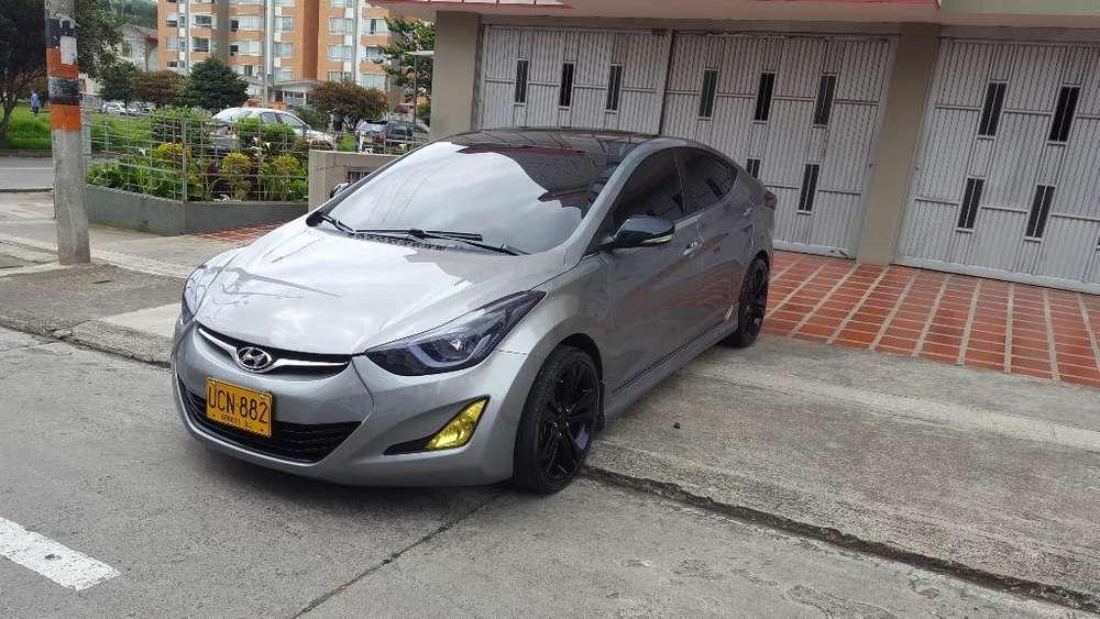 Hyundai Elantra 2015 - 35700 km