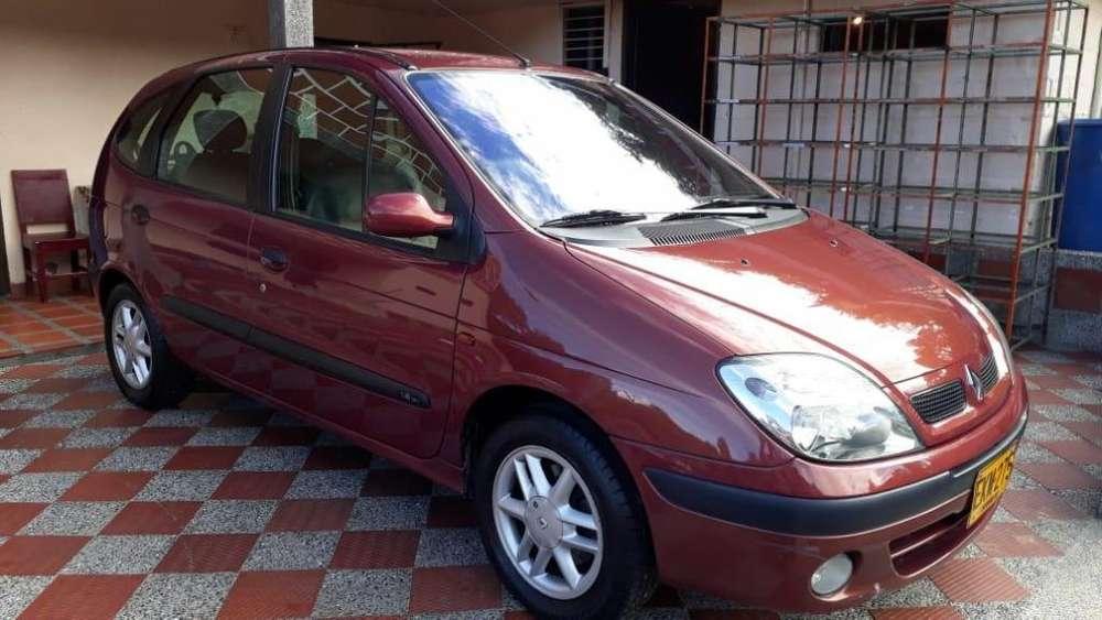 Renault Scenic  2003 - 108000 km
