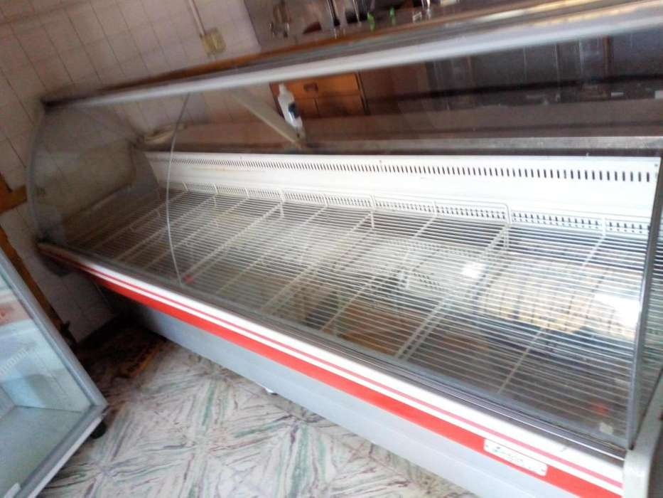 Heladera Frider Luana 3 metros de largo vidrio curvo