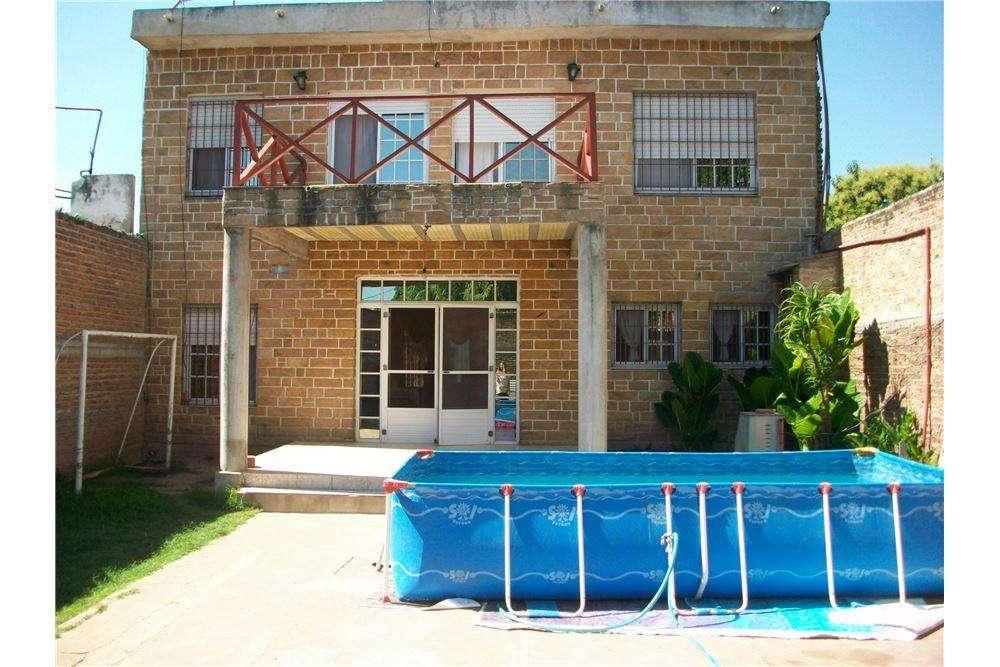 Casa ,3 dormitorios,Apto crédito Procrear. Varela