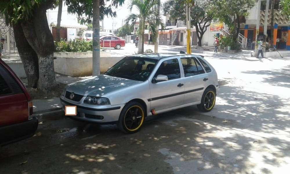 Volkswagen Gol 2002 - 168000 km