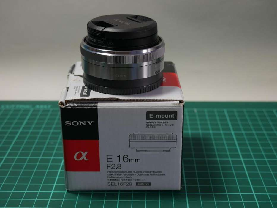 Objetivo Sony E 16mm f/2.8