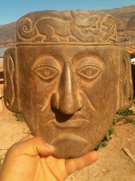 Máscara precolombina réplica