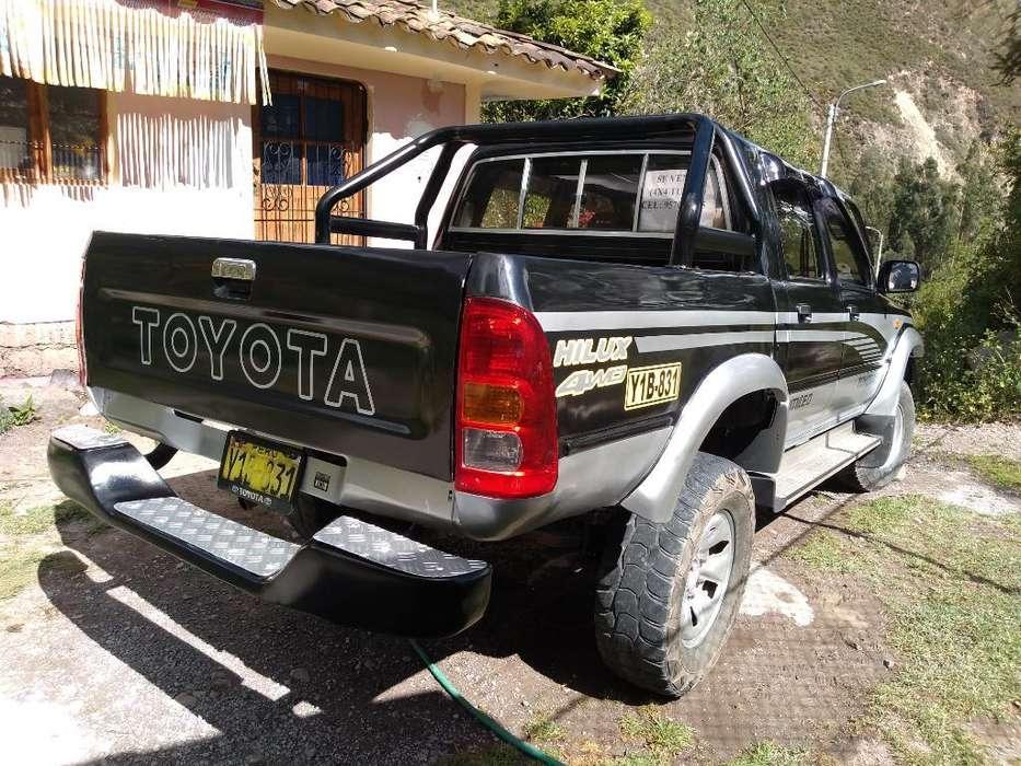 Toyota Hilux 1999 - 0 km