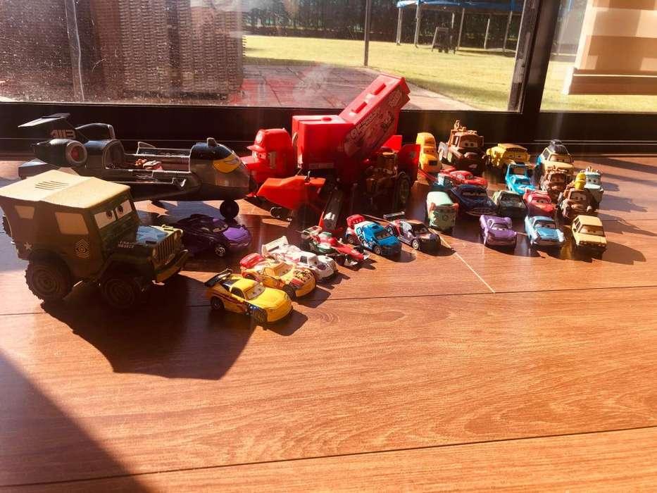 Colección Cars 1 & 2, Rayito McQueen y sus amigos